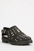 Стильные женские туфли без каблука белого и черного цветов. Размеры в описании
