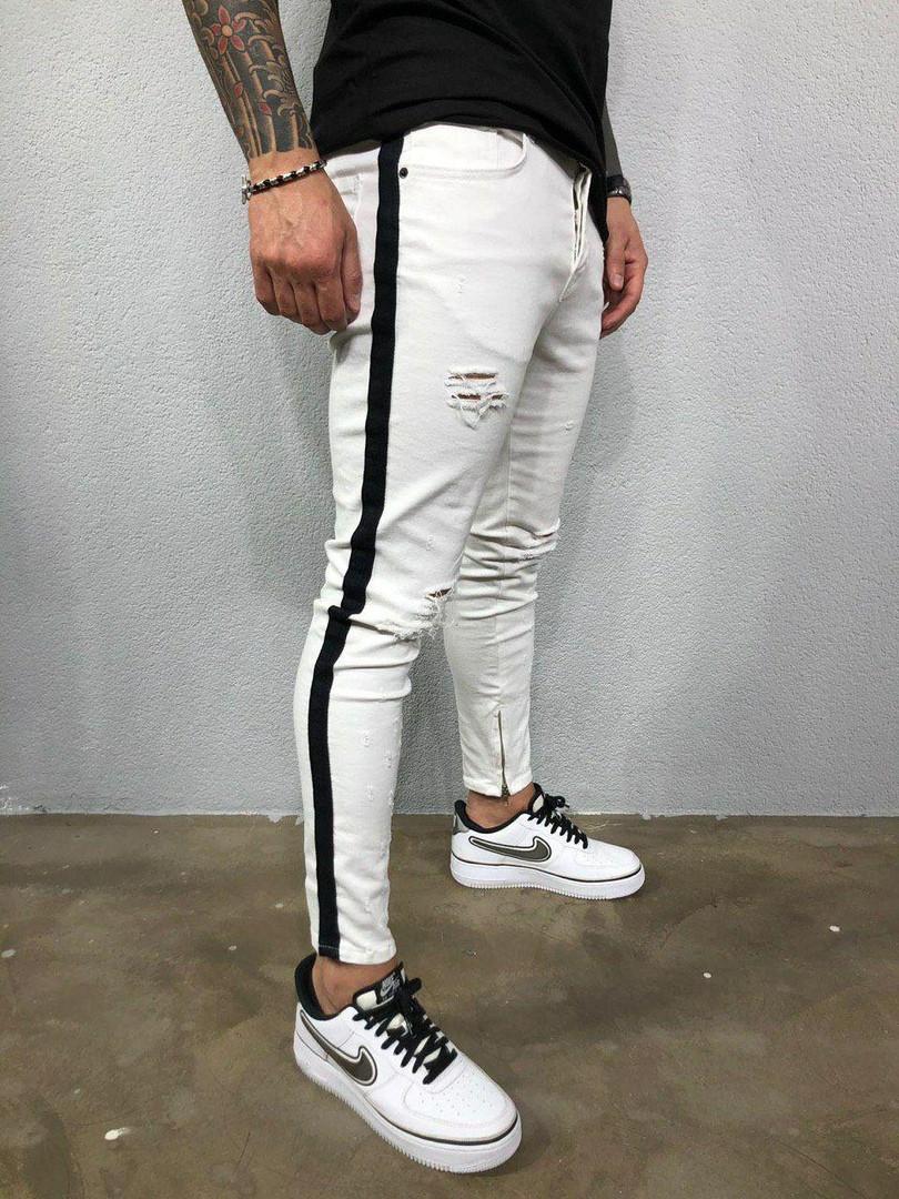 Мужские джинсы белые с черными лампасами рваные А-5302-3418