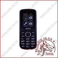 Мобільний телефон TOTO A1 чорно-червоний