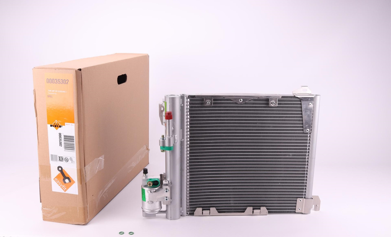 Радиатор кондиционера Opel Astra 1998-2009 NRF 35302
