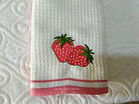 Полотенца для кухни, набор 2 штуки, с вышивкой клубничкой, Haflu Seti. Турция