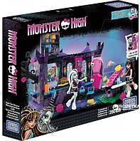 Конструктор Mega Bloks Monster High Школьный страхотерий (DKT93)