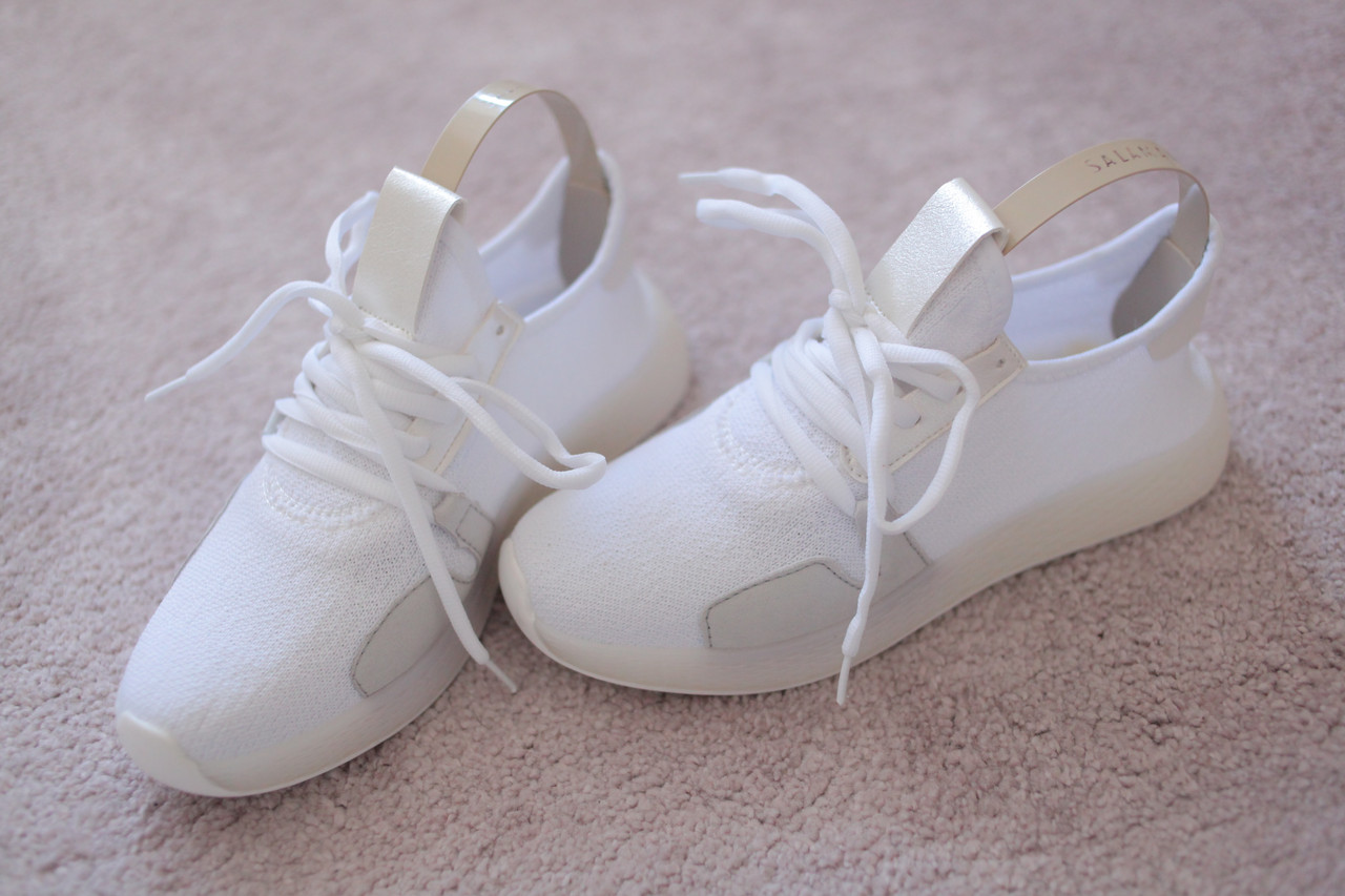 Женские кроссовки с трикотажным верхом в стиле Adidas белые 36-37 хит