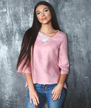 Пудрова вишита блуза Троянди (розміри XS-2XL)