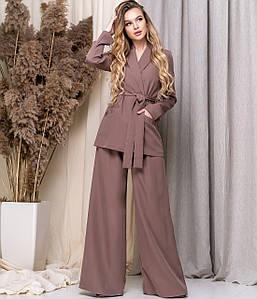 Элегантный женский костюм с брюками плаццо