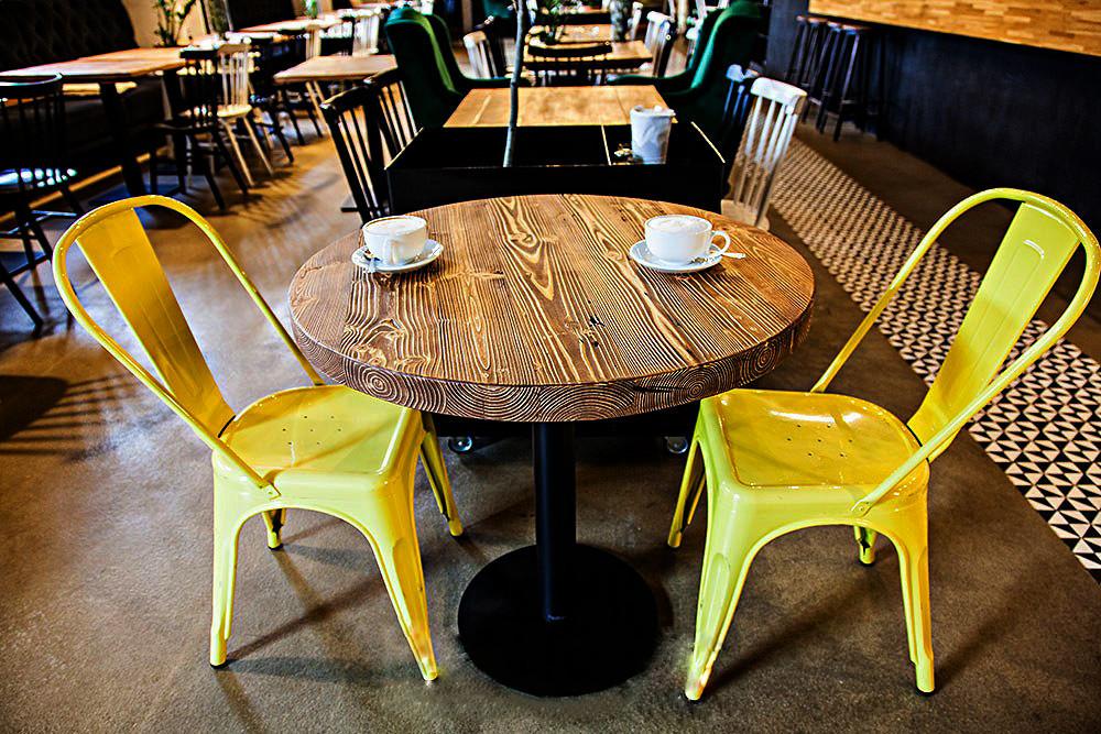 Деревянные круглые столы для кафе бара ресторана от производителя в Украине