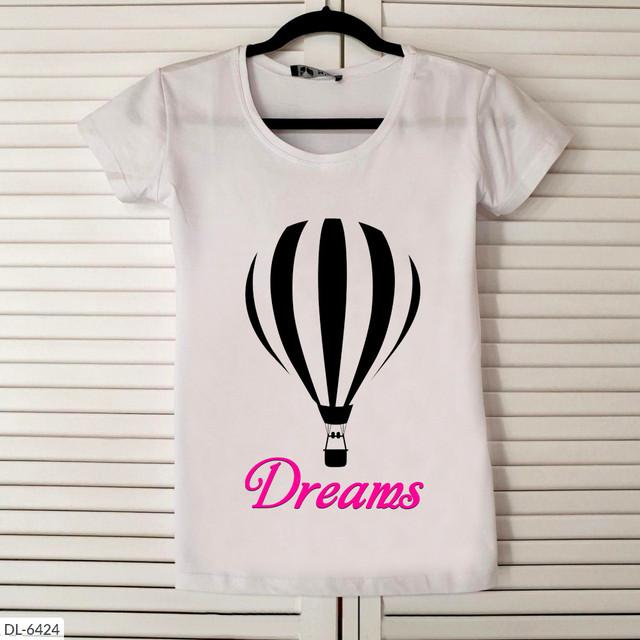 """Женская футболка с принтом """"Dreams"""""""
