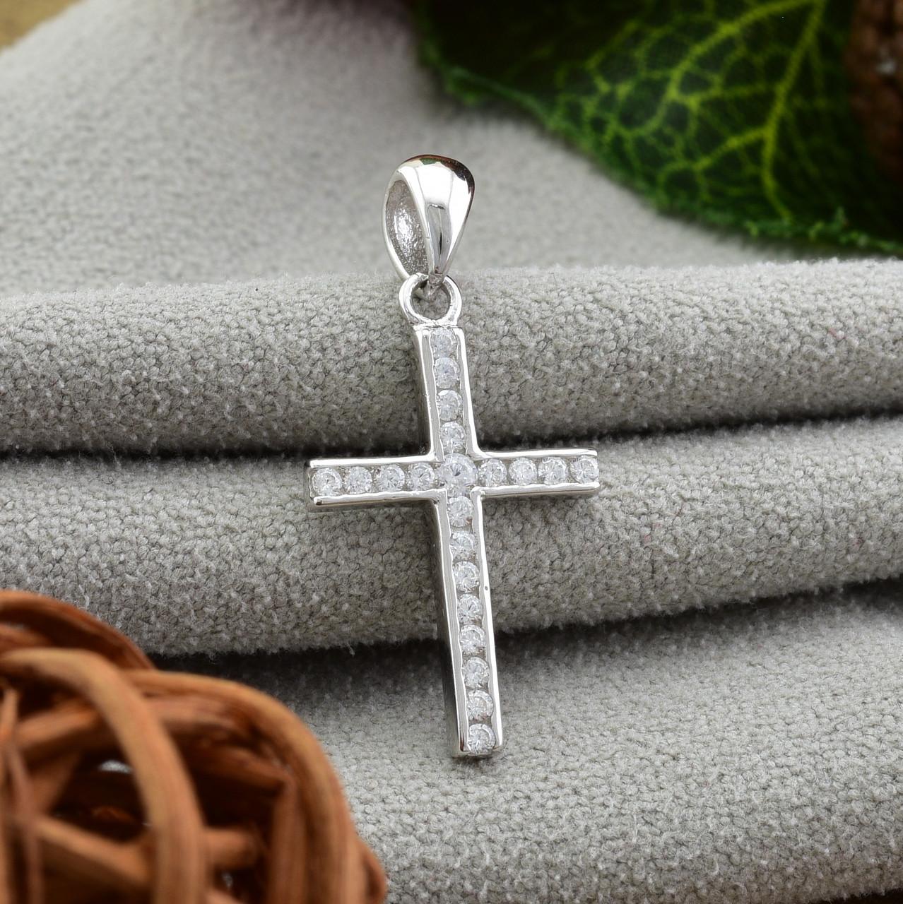 Серебряный крест размер 25х12 мм вставка белые фианиты вес 1.01 г