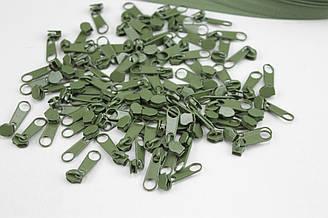 Бегунок металлический зеленого цвета для рулонной молнии № БМ-145-Т3