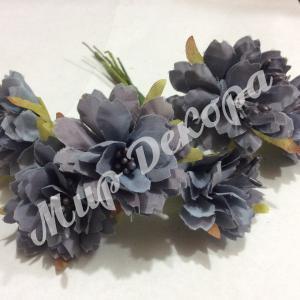 Бутоньерка цветок с тычинками,серо фиолетовый, 3.5 см