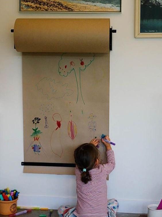 Бумага для рисования в рулоне  ( с креплением к стене) Melmark 86 см Корпус-серый, бумага-крафт 100 м