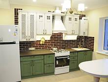 """Кухні """"Кантрі"""" з фасадами з масиву дуба"""