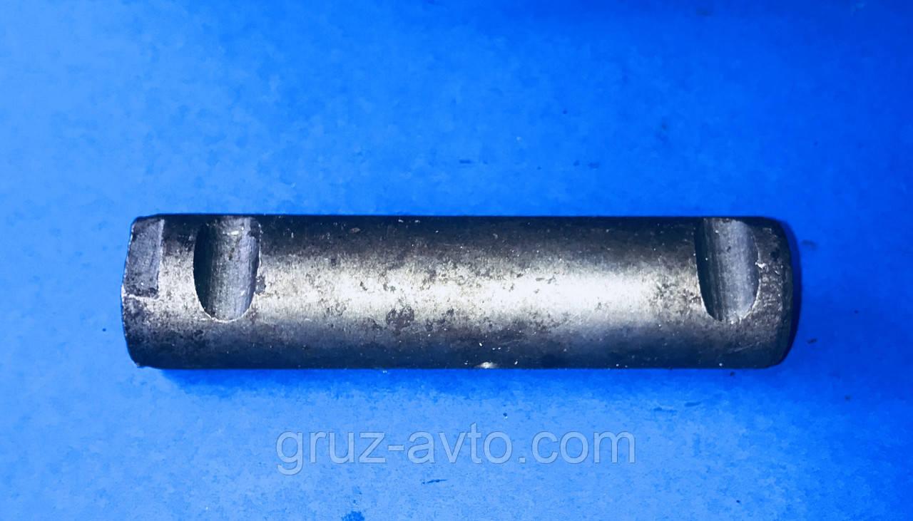 Палец ушка передней рессоры ЗИЛ-130 со втулкой / 130-2002478