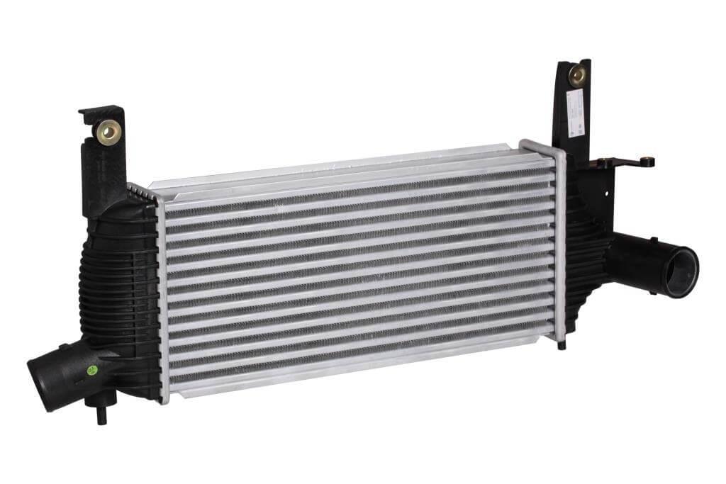 Радиатор интеркулера Nissan Navara (05-) 2.5dCi