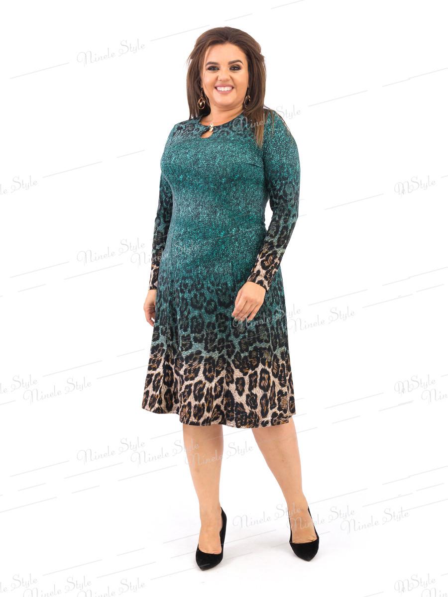 Зеленое расклешенное женское платье с оригинальным принтом 378 54