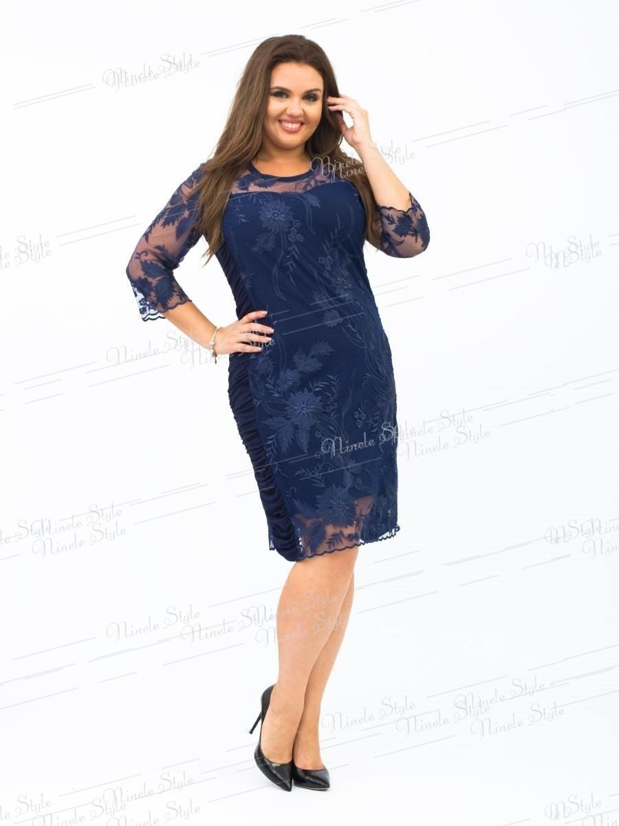 """Темно-синее женское платье """"Кристалл"""" украшенное сеткой с вышивкой 236-3 54"""