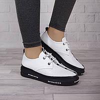 Стильные женские туфли шнурок Guero перфорация белого цвета 911