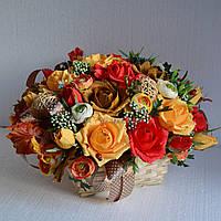 """Корзина с цветами из конфет """"Бархатная осень"""""""