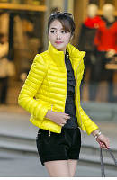Женская курточка замочки