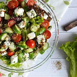 Микс-салат с пармезаном и бальзамическим уксусом DanSoy