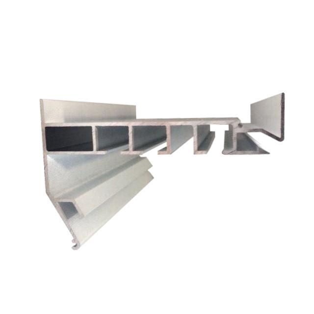 Профиль Гардина в Белом цвете для натяжных потолков. Трехполосный. С крючками для штор. Длина профиля 2,5 м.
