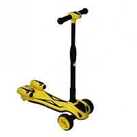 Детский самокат UTM с дымком с турбиной и музыкой желтый  / Качественный подарок