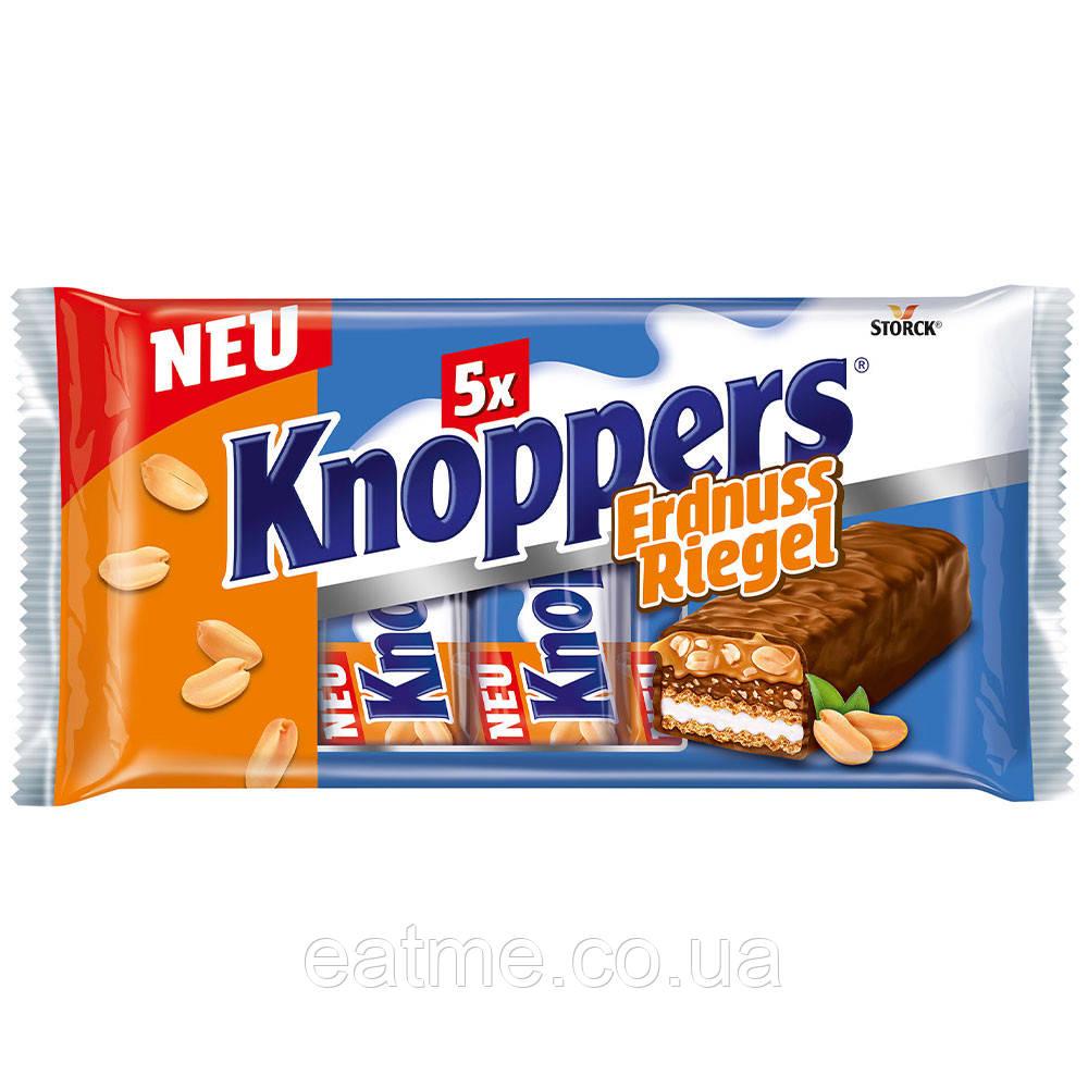 Knoppers ErdnussRiegel Вафельные батончики с шоколадно-ореховой, молочной начинками и кусочками арахиса