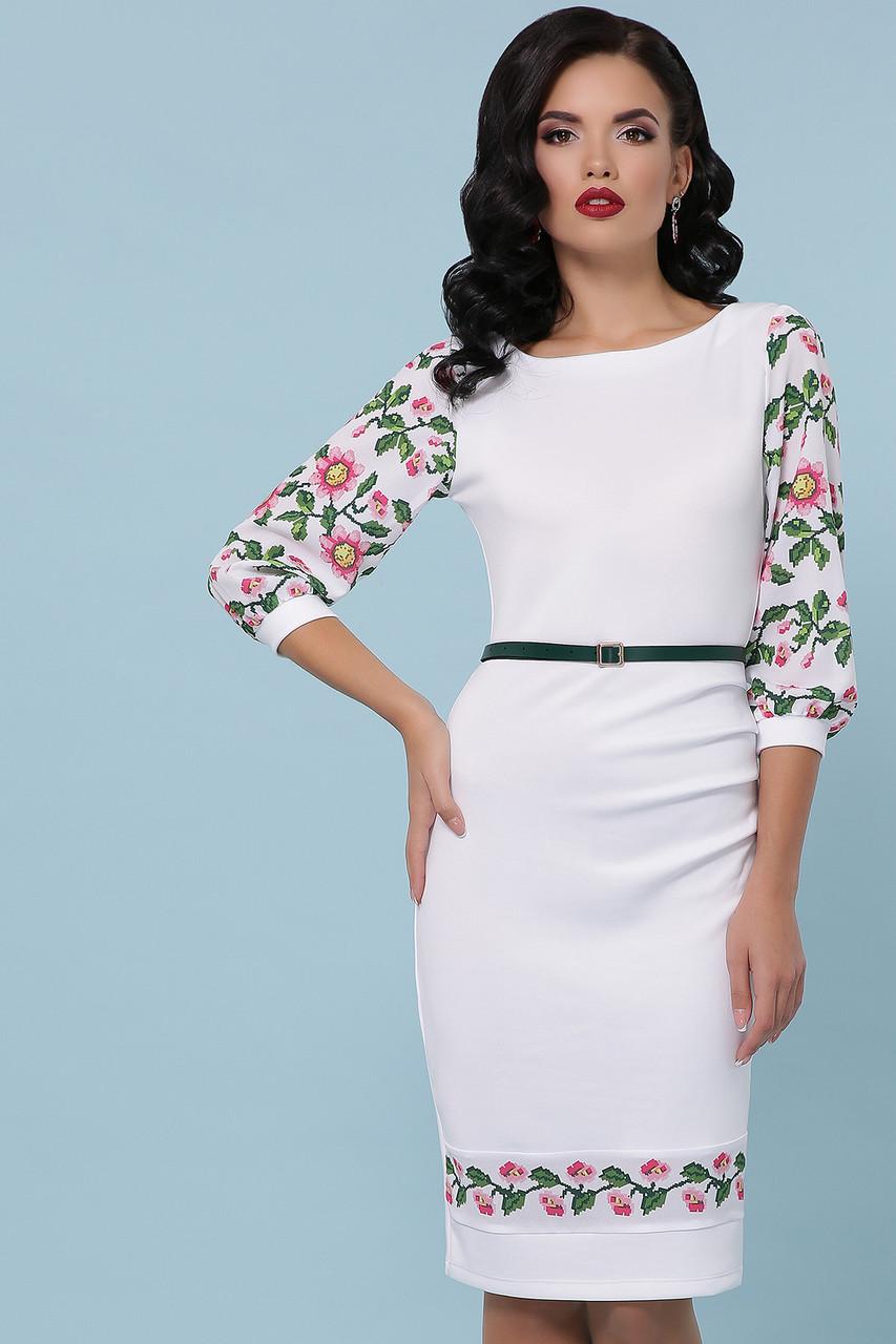 Приталена трикотажна сукня зі вставками принту вишивки
