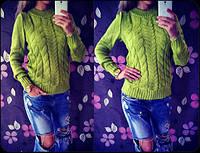 """Оригинальный женский свитер """"Косы"""" - оливковый"""
