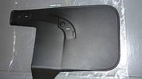 Брызговик передний правый Renault Master / Movano 98> (OE RENAULT 7700352207)