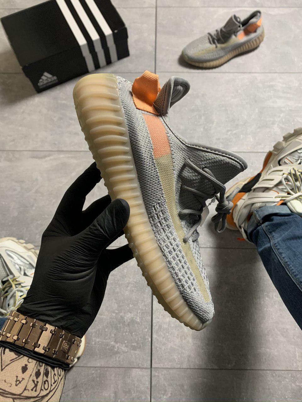 Женские Кроссовки Adidas Yeezy Boost 350 V2 Gray Orange / Адидас Изи Буст 350 В2 Серые Оранжевые