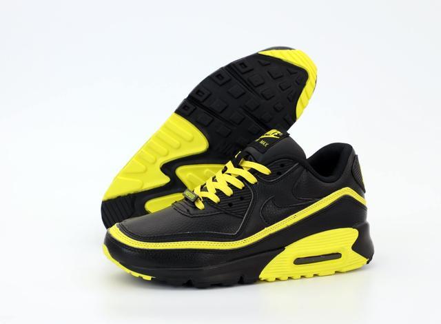 Кроссовки Nike Air Max 90 Undefeated Optic Yellow черно-желтые фото