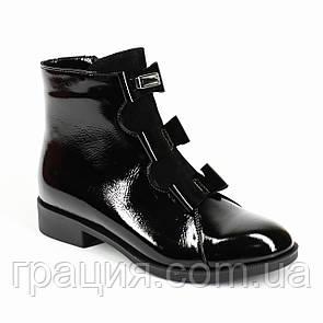 Молодежные стильные  лаковые ботиночки