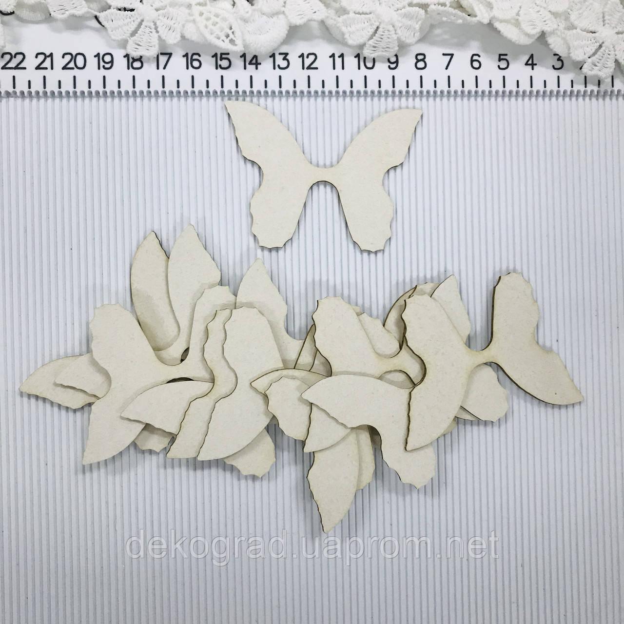 Бабочки 12шт чипборд
