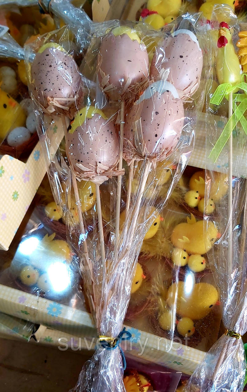 Декоративные пасхальные яйца на палочке