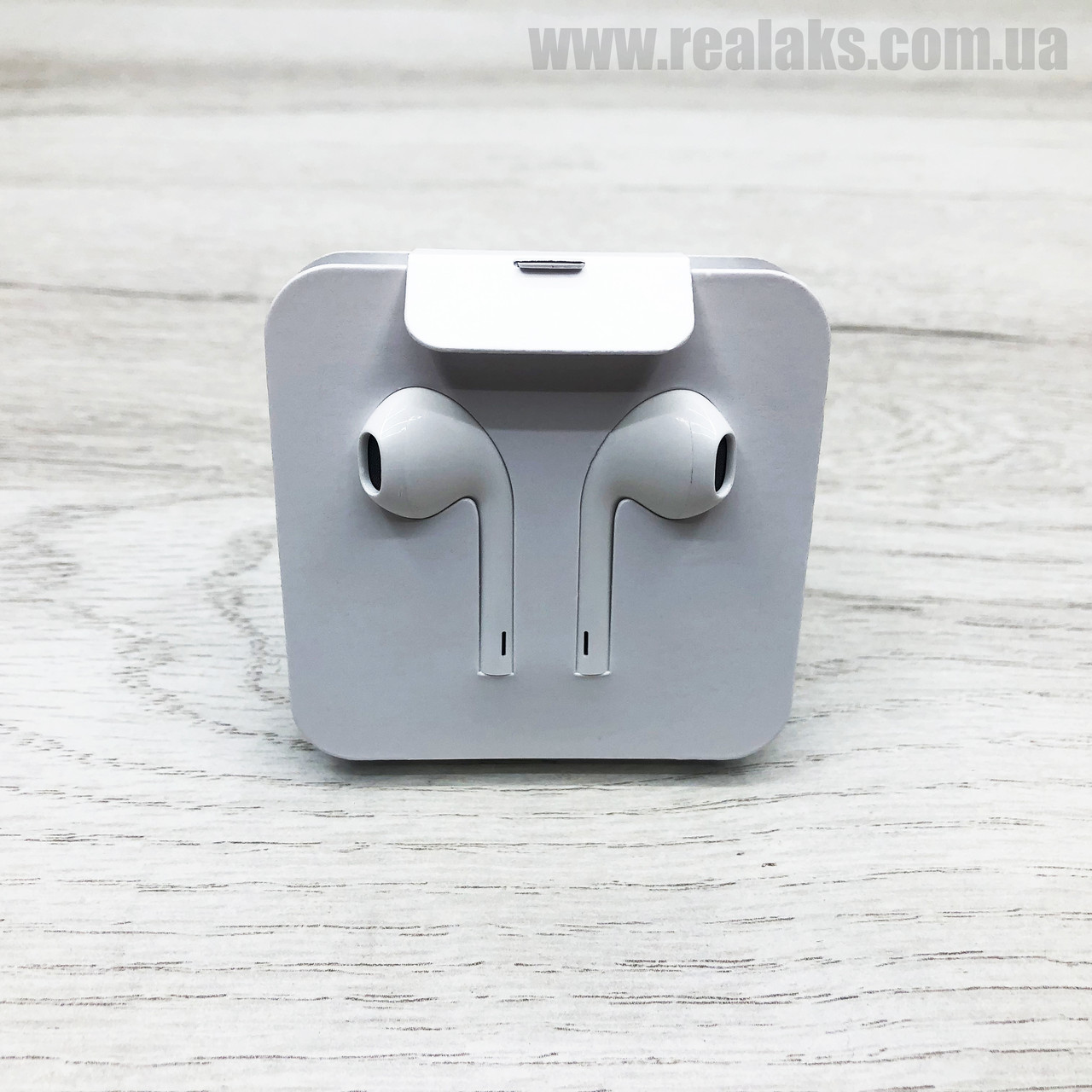 Наушники проводные APPLE iPhone EarPods lightning (White)