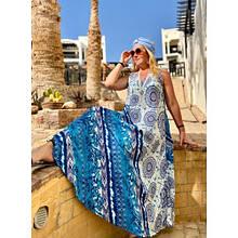 Летнее платье-сарафан бело-синее с абстрактным принтом