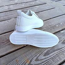 Белые кроссовки эко - кожа текстиль слипоны мокасины легкие летние дышащие перфорация на шнурках, фото 3