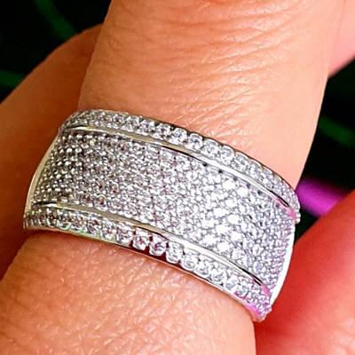 Жіноче срібне кільце з цирконієм - Широке родированное кільце з срібла з камінням
