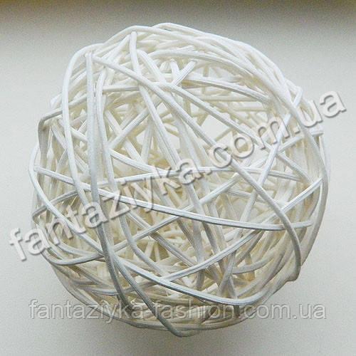 Большой шарик из ротанга 10см, белый