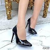 Чорні лакові туфлі з заокругленим носком, фото 6