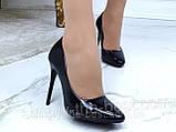 Туфлі жіночі класичні чорні лакові,круглий носик, фото 5