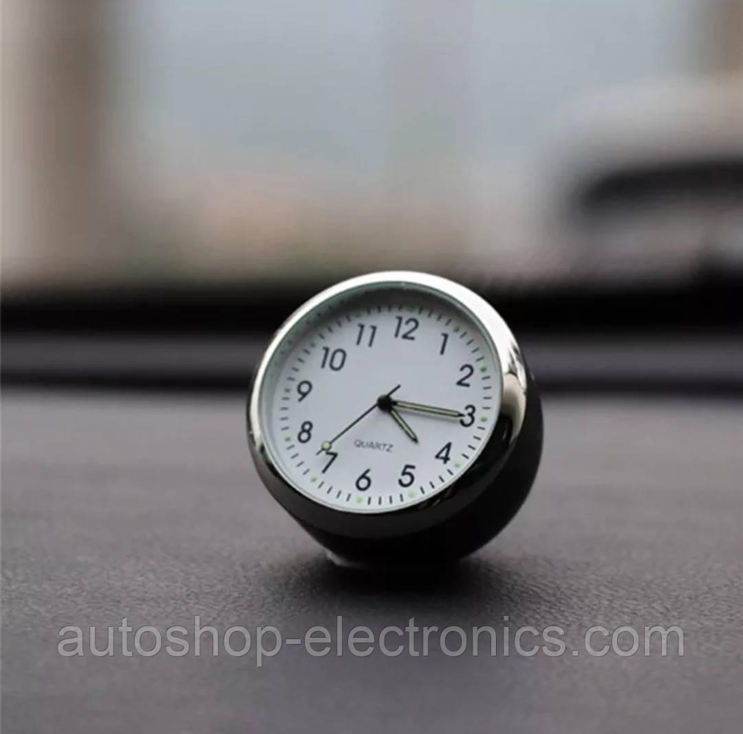 Автомобильные часы для салона авто на батарейке - БЕЛЫЙ ЦИФЕРБЛАТ