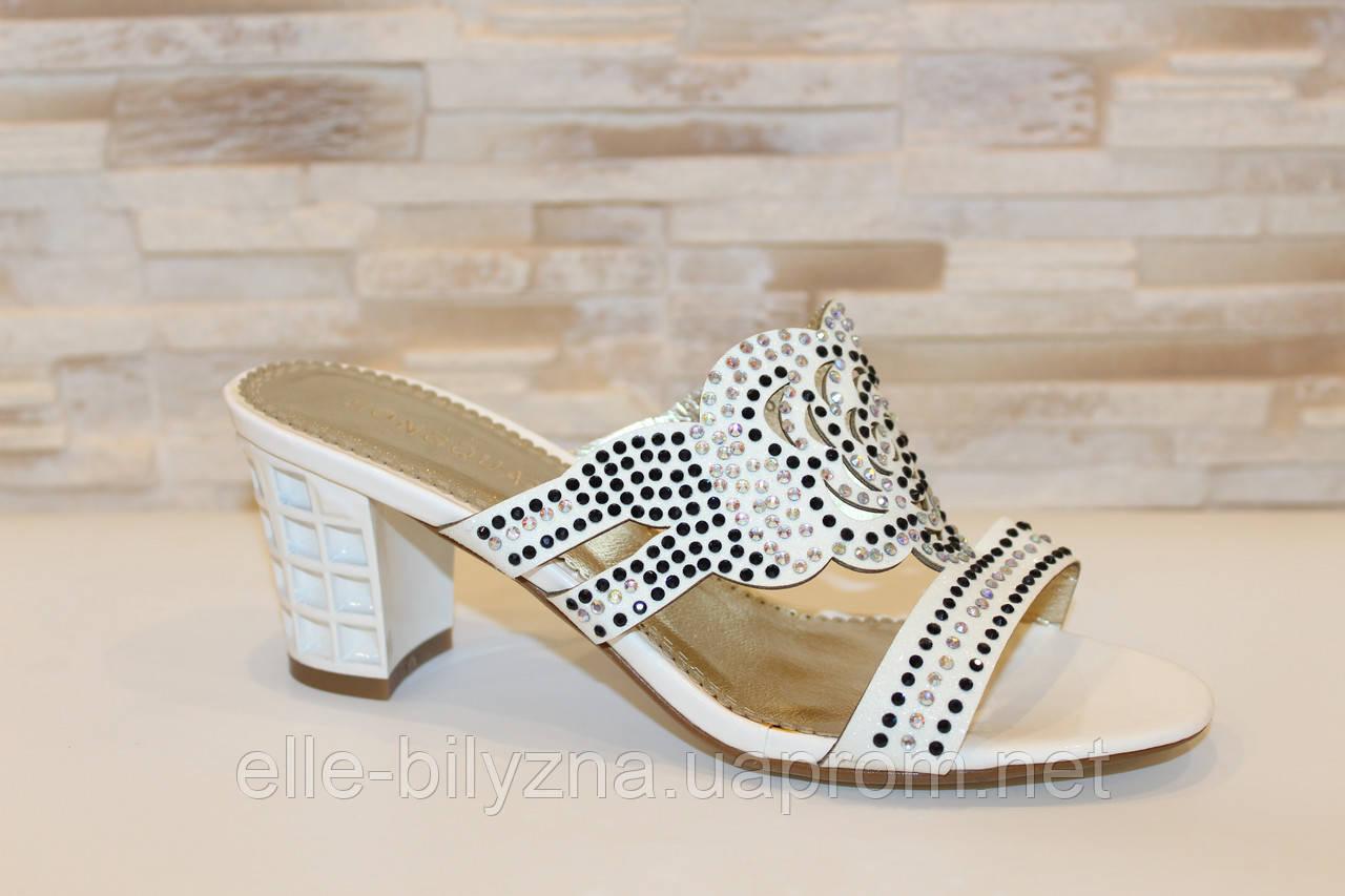 Шлепанцы женские белые на каблуке Б245
