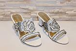 Шлепанцы женские белые на каблуке Б245, фото 3