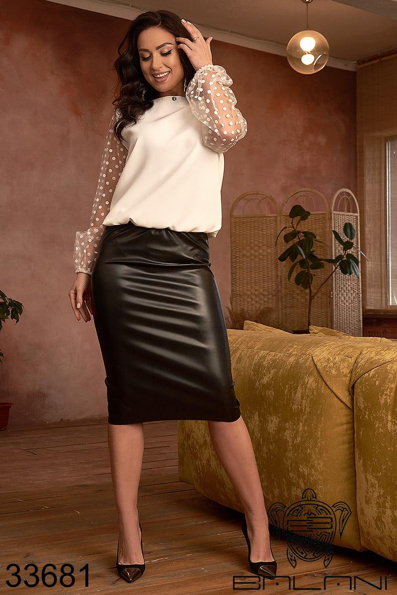 Костюм жіночий з білою блузою і чорною шкіряною спідницею на гумці з 48 по 62 розмір