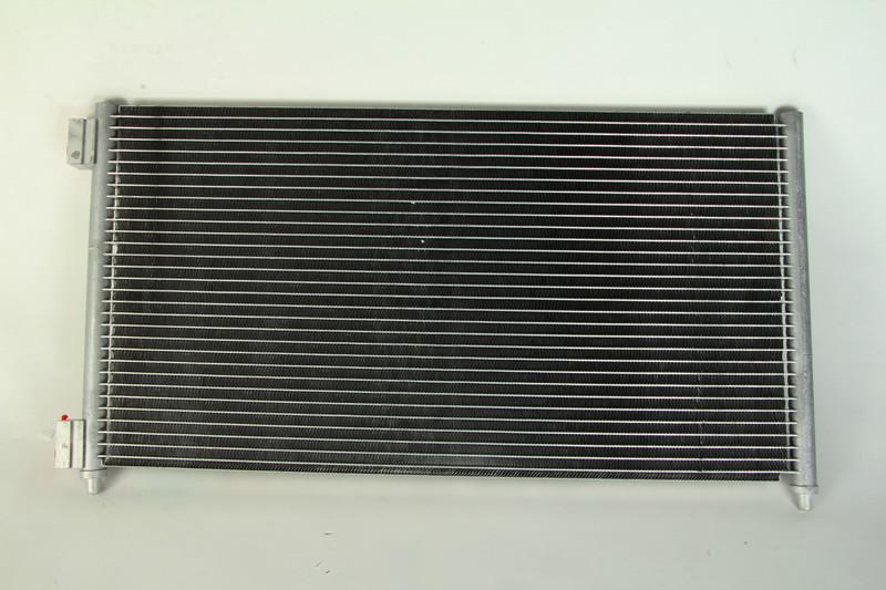 Радиатор кондиционера Fiat Doblo 1.3/1.9 JTD 2001- Van Wezel 17005256