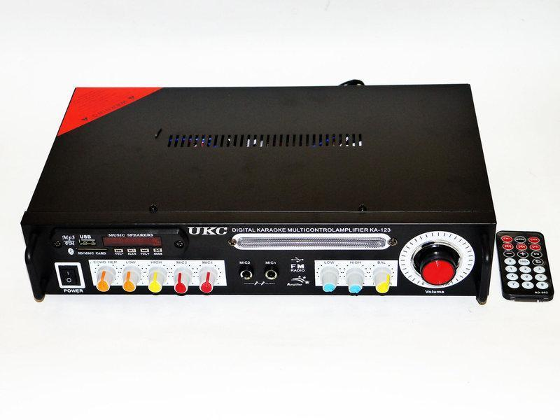 Підсилювач звуку UKC KA-123 BT 2*150 Караоке Режим!