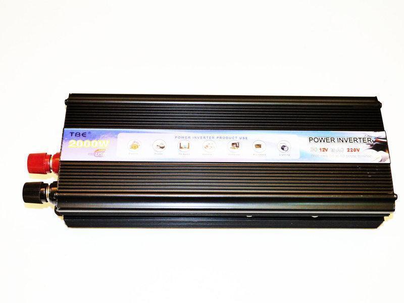 Инвертор для авто 12V-220V 2000W