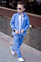 Льняной костюм на мальчика тройка голубой